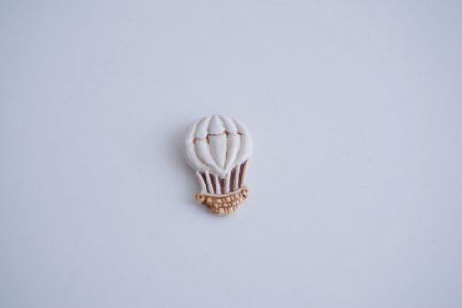 小菅幸子 Balloonのブローチ